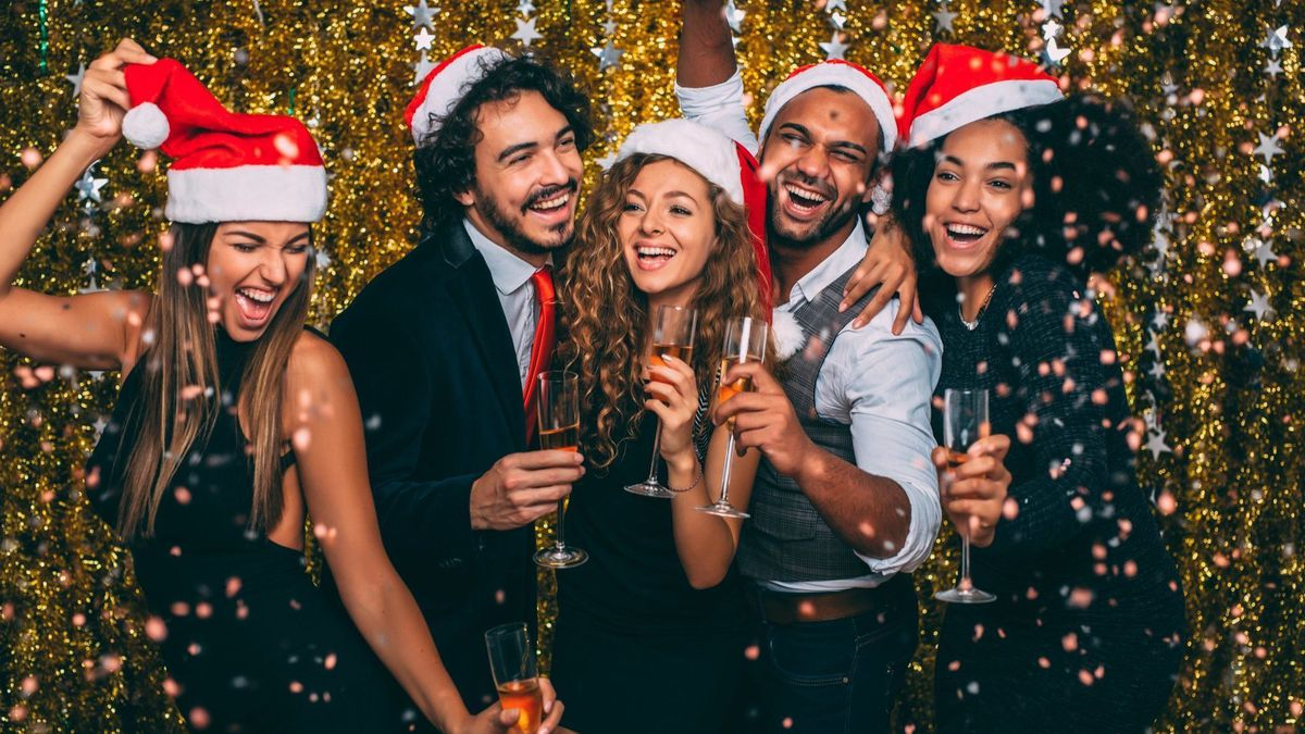 6 Tips for Planning Your Office Holiday Party
